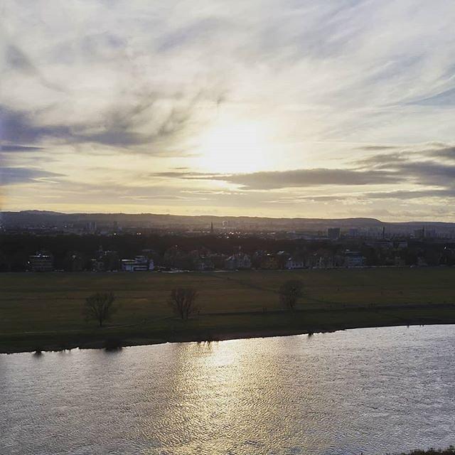 Sunny #elbe walk #dresden